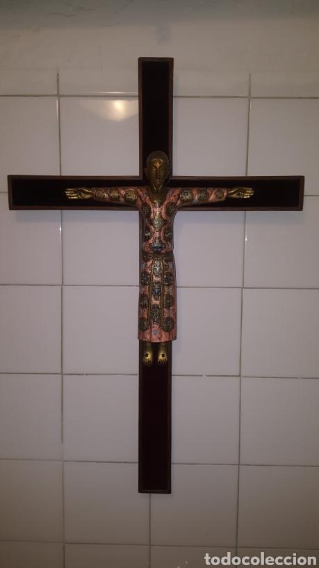 GRAN CRUCIFIJO CON CRISTO CON ESMALTES (Antigüedades - Religiosas - Crucifijos Antiguos)
