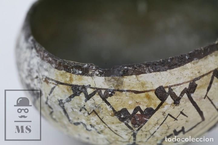 Antigüedades: Antiguo Cuenco / Vasija Artesanal de Cerámica Policromada - Arte Étnico - Medidas 10 x 10 x 5 cm - Foto 7 - 122646515