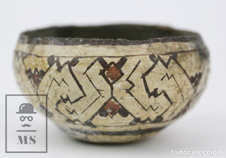 Antigüedades: Antiguo Cuenco / Vasija Artesanal de Cerámica Policromada - Arte Étnico - Medidas 10 x 10 x 5 cm - Foto 8 - 122646515