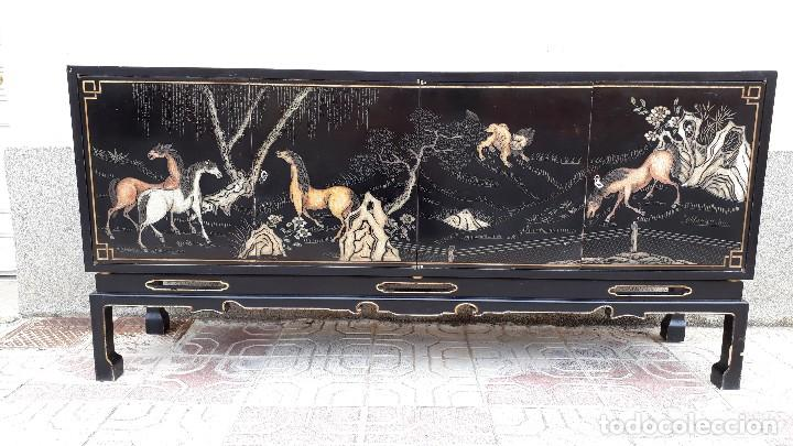 Antigüedades: Mueble aparador antiguo estilo chino, mueble auxiliar bufet, mueble bar taquillón oriental o japonés - Foto 9 - 122753039