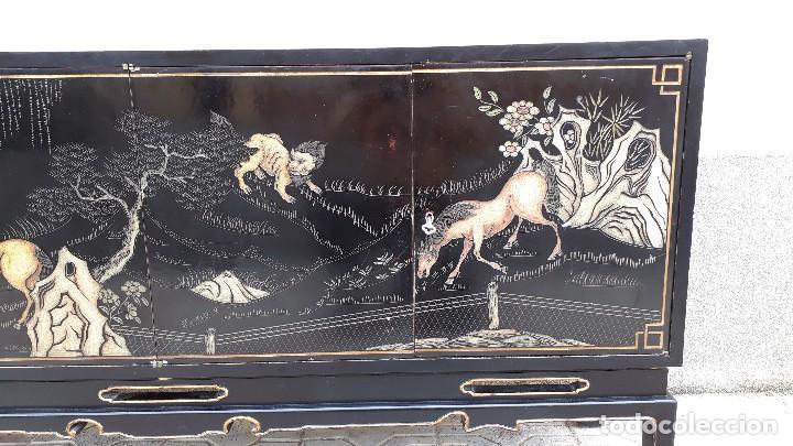 Antigüedades: Mueble aparador antiguo estilo chino, mueble auxiliar bufet, mueble bar taquillón oriental o japonés - Foto 15 - 122753039
