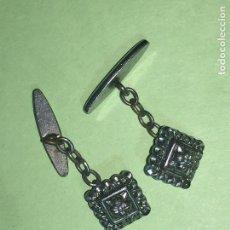 Antigüedades: RA4 ANTIGUA PAREJA DE GEMELOS ORIGINAL DISEÑO. Lote 122818411