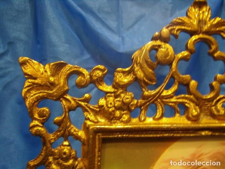 Antigüedades: Marco portafotos de Bronce dorado Barroco,años 60,para fotos de18 x 13cm,tamaño portafo29x22cm,Nuevo - Foto 3 - 86937892