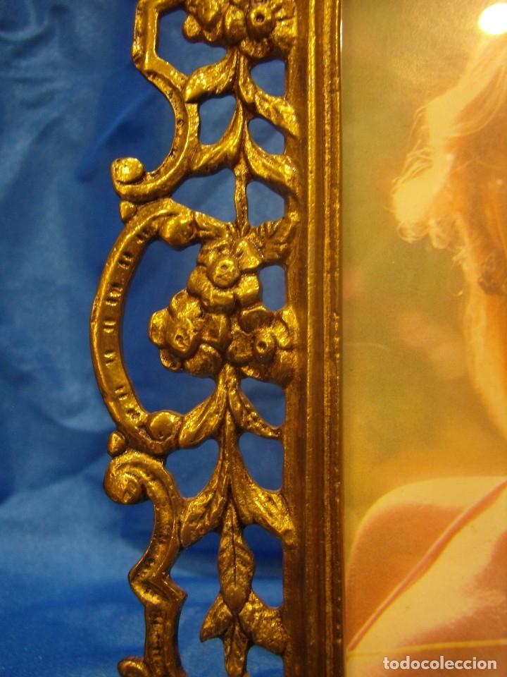 Antigüedades: Marco portafotos de Bronce dorado Barroco,años 60,para fotos de18 x 13cm,tamaño portafo29x22cm,Nuevo - Foto 8 - 86937892