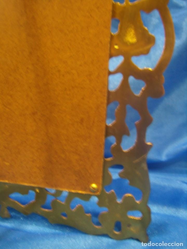 Antigüedades: Marco portafotos de Bronce dorado Barroco,años 60,para fotos de18 x 13cm,tamaño portafo29x22cm,Nuevo - Foto 15 - 86937892