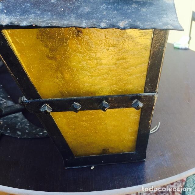 Antigüedades: Juego de 2 faroles y un perchero de forja antiguos - Foto 5 - 122954959
