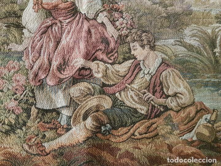 Antigüedades: ANTIGUO TAPIZ DE GRAN CALIDAD, MUY BIEN CONSERVADO, SIGLO XX, 50 X 50 CM. TAL CUAL SE VE. - Foto 2 - 122962439