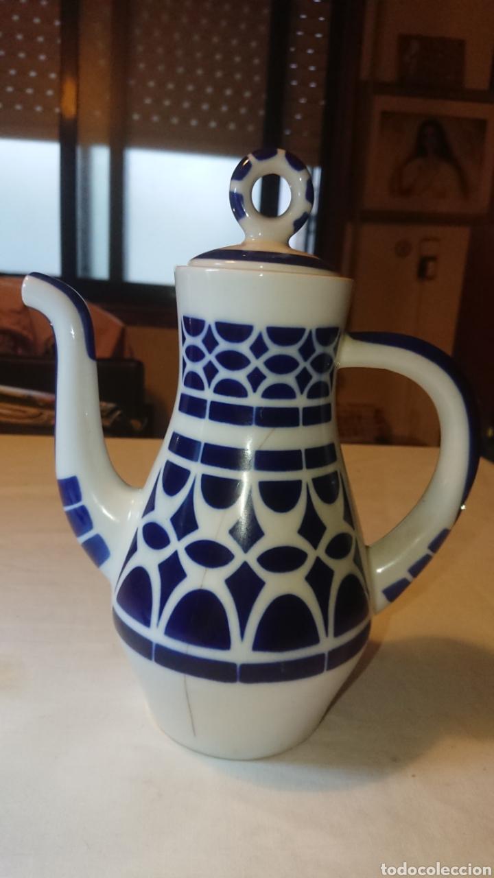 JUEGO DE CAFE TETERA PORCELANA DE SARGADELOS (Antigüedades - Porcelanas y Cerámicas - Sargadelos)