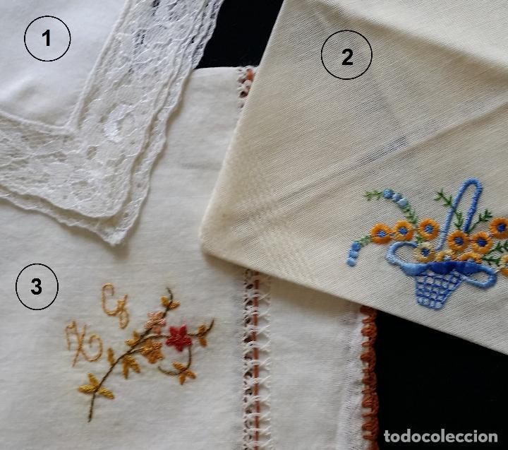 Antigüedades: Lote de tres (3 ) pañuelos - Foto 2 - 122995007