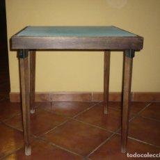 Antigüedades: ANTIGUA MESA PLEGABLE DE JUEGO INGLESA. Lote 123003347