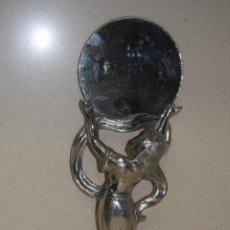 Antigüedades: ESPEJO DE TOCADOR EN METAL MODERNISTA . Lote 123014475