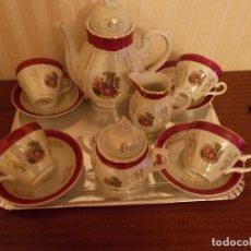 Antigüedades: JUEGO DE CAFE DE PRINCIPIOS DE LOS 60 ,ES DE FINA PORCELANA DECORADA -. Lote 123121239