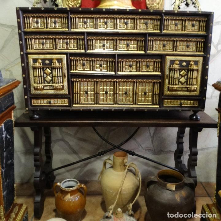 Antigüedades: Bargueño de Hueso- Pan de oro- Bronces-Herrajes-Materiales, siglo XIX, fabricado mediados XX. - Foto 2 - 123123887