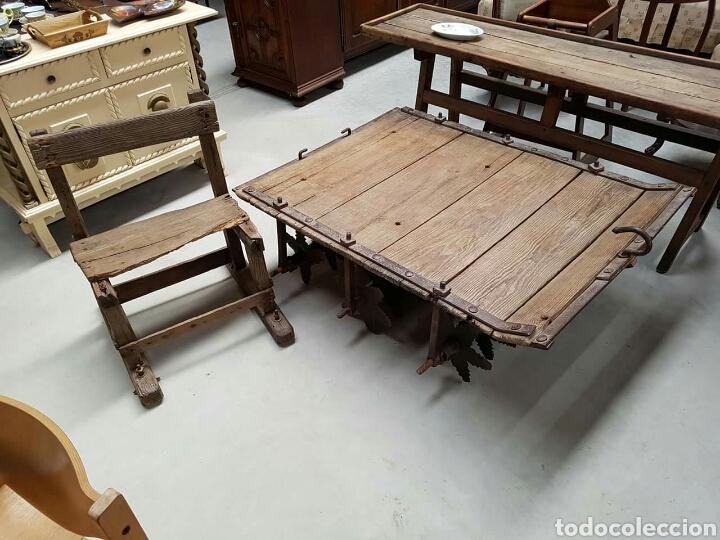 Trillo o trilla antiguo con su silla ideal para comprar for Mesas hechas con puertas antiguas