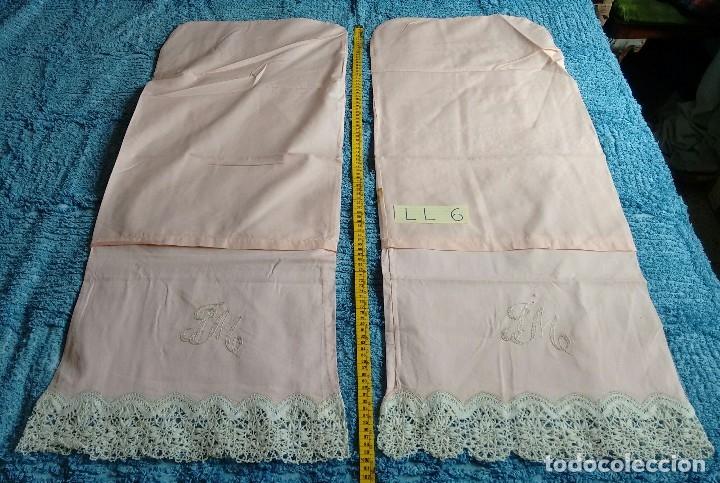 Antigüedades: Conjunto de sábana encimera y dos fundas de almohada. (LL-6) - Foto 7 - 123153999