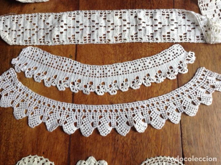Antigüedades: Lote de cinta , cuellos y muestras ganchillo y regalo - Foto 3 - 123176798