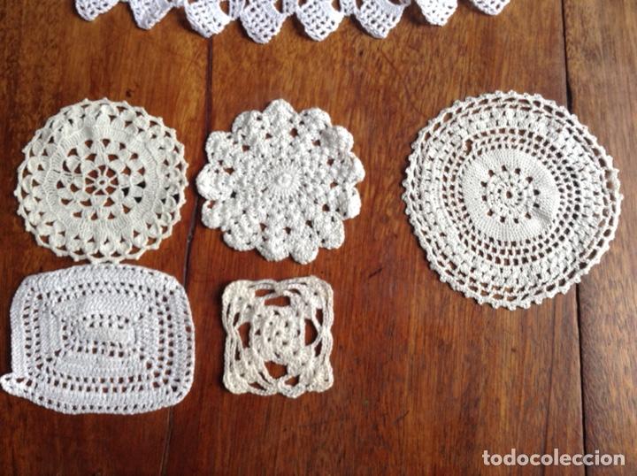 Antigüedades: Lote de cinta , cuellos y muestras ganchillo y regalo - Foto 4 - 123176798
