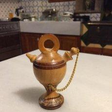 Antigüedades: ANTIGUO PEQUEÑO BOTIJO DE MADERA TORNEADA RECUERDO DE CASTELLAR DE N'HUG AÑOS 60 . Lote 123291491