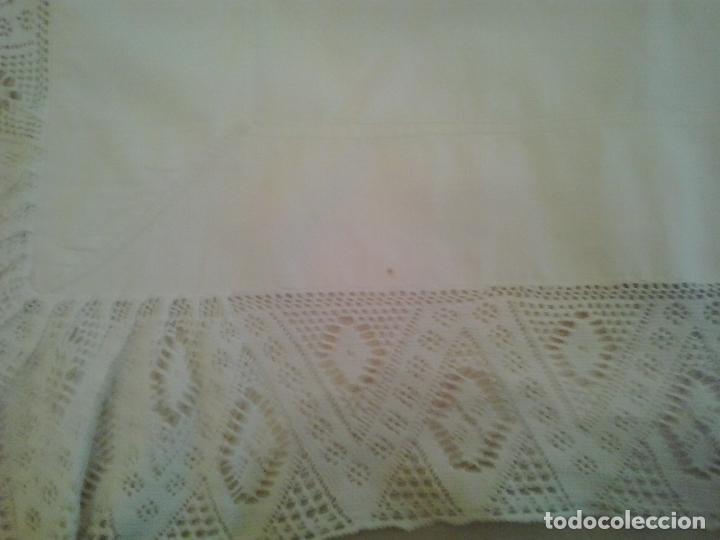 Antigüedades: Sabana hilo lino ajuar 1919.Grandes iniciales .Funda de almohada mismo ajuar Encaje bolillos - Foto 10 - 123354559