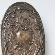 Antigüedades: ANTIGUO CEPILLO DE TOCADOR. Lote 123418403