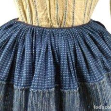 Antiques - Antiguo refajo de rayas, de estopa y lana - 123421819
