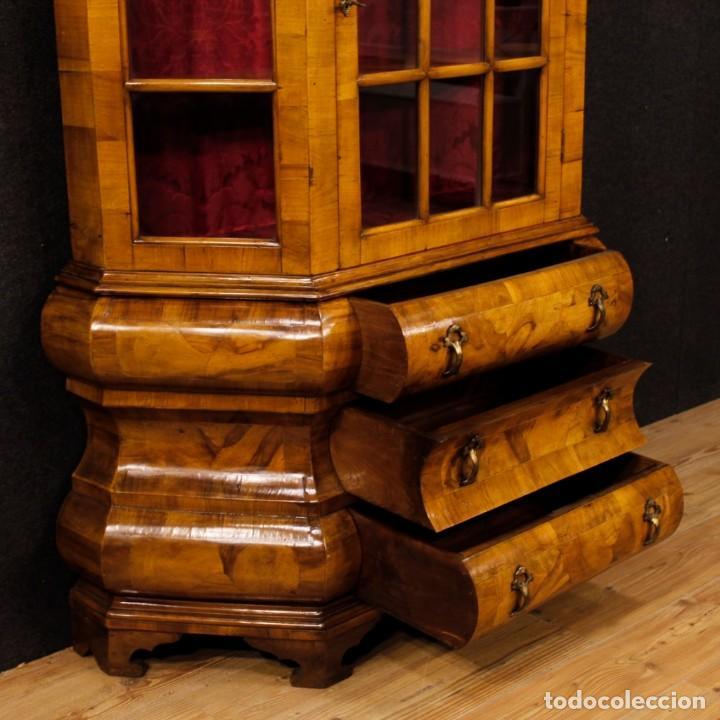 Antigüedades: Vitrina holandesa en madera de nogal, raíz de nogal y arce - Foto 10 - 123460211
