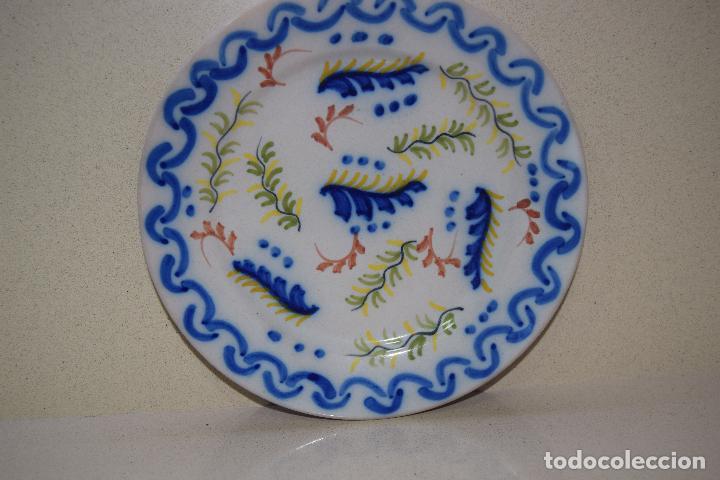 PLATO DE CERAMICA DE FIGAS (Antigüedades - Porcelanas y Cerámicas - Alcora)
