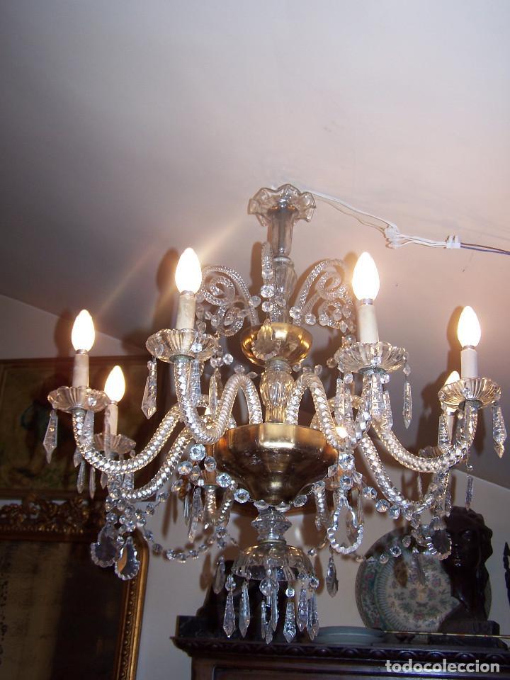 Antigüedades: Lámpara de cristal de la Granja principio de siglo XX de ocho brazos, funcionamiento en dos fases. - Foto 3 - 115507383
