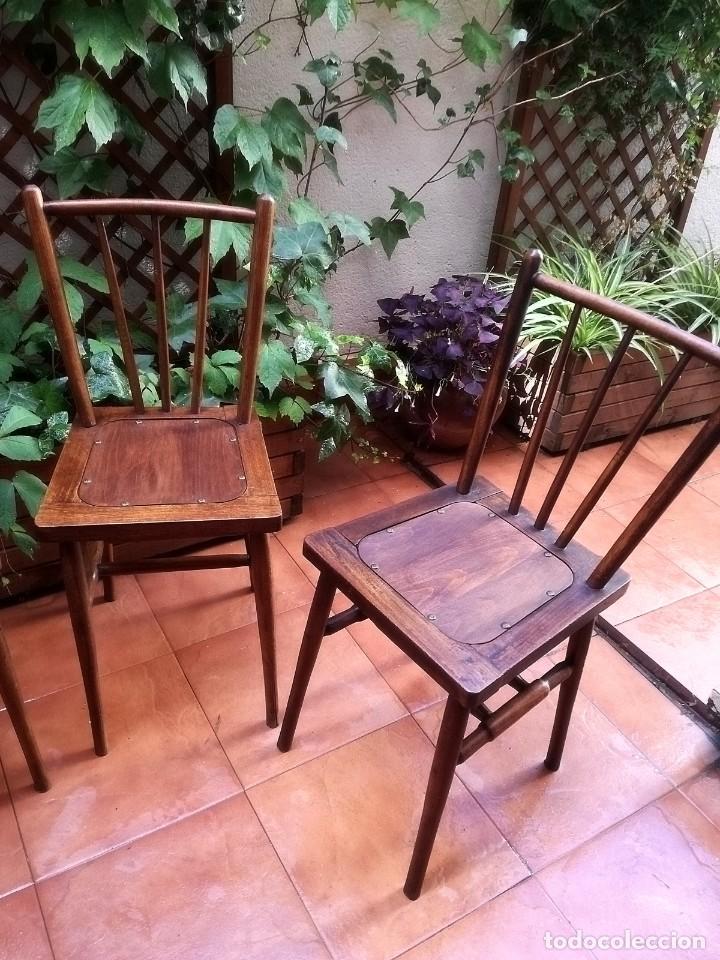Antigüedades: Antiguas sillas de castaño - Foto 2 - 123582059