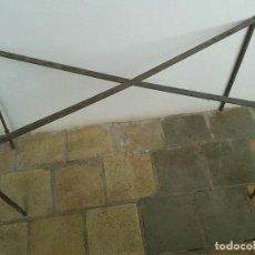 Antigüedades: BASE DE MESA, PATAS DE MESA, LATON. Lote 123625603