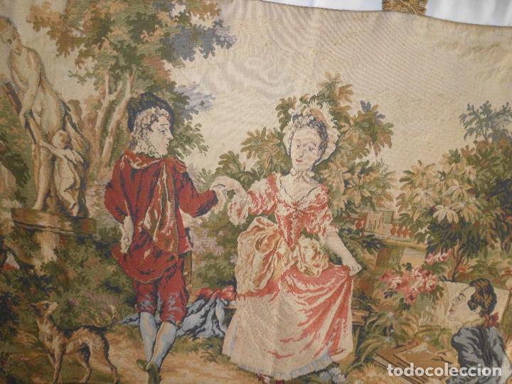 Antigüedades: GRAN TAPIZ MOTIVO ROMANTICO - Foto 2 - 123891899