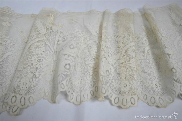 Antigüedades: Encaje en color beig - Foto 2 - 58479450