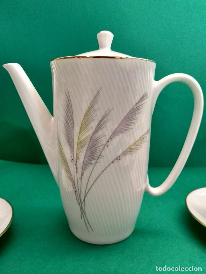 Antigüedades: Juego de Café Vintage (24 piezas) Santa Clara MAH Vigo Decoración vegetal y filo de oro - Foto 3 - 124142363