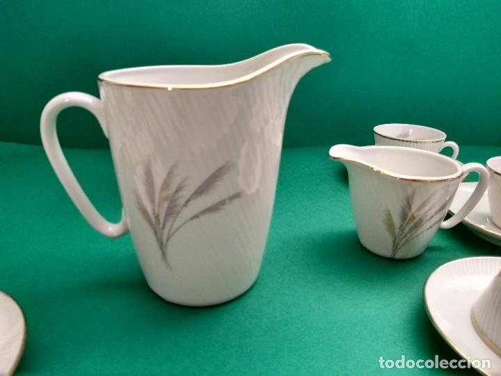 Antigüedades: Juego de Café Vintage (24 piezas) Santa Clara MAH Vigo Decoración vegetal y filo de oro - Foto 6 - 124142363