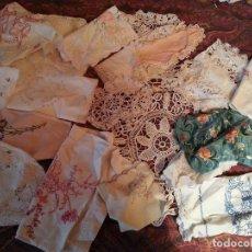 Antigüedades: 20 TAPETES BORDADOS. Lote 124142991