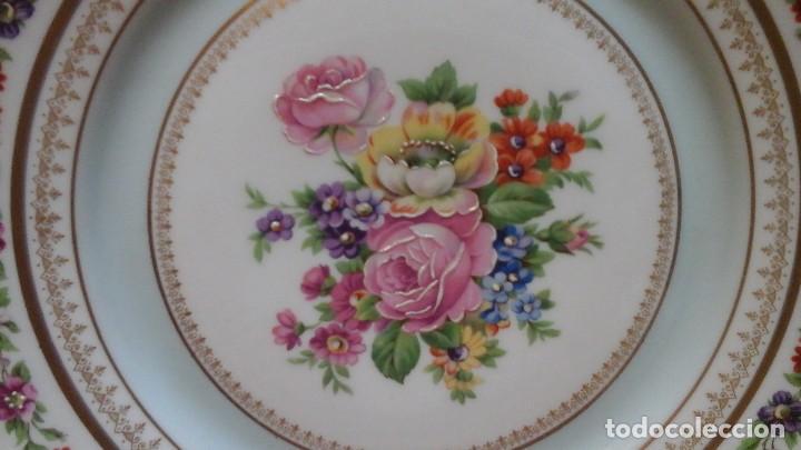 Antigüedades: Pareja de platos años 60 -70 .Decorados y retocados a mano . Marcados Royal Copenhagen - Foto 3 - 124158875