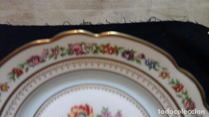 Antigüedades: Pareja de platos años 60 -70 .Decorados y retocados a mano . Marcados Royal Copenhagen - Foto 7 - 124158875