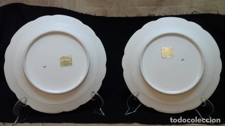 Antigüedades: Pareja de platos años 60 -70 .Decorados y retocados a mano . Marcados Royal Copenhagen - Foto 8 - 124158875