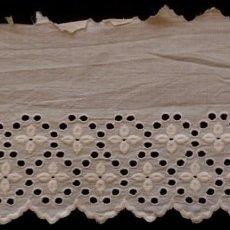 Antigüedades: ANTIGUO BAJO DE BATISTA BORDADA - PRINCIPIO S.XX. Lote 124190627