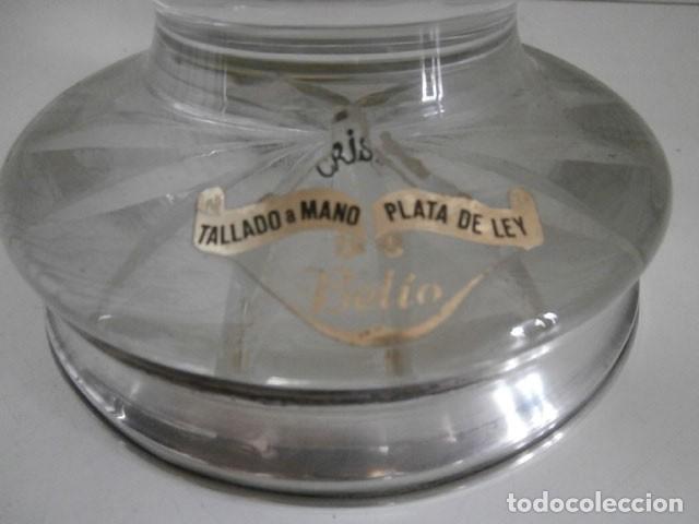 Antigüedades: FLORERO DE CRISTAL TALLADO A MANO CON PIE DE PLATA AÑOS 50 - Foto 4 - 124202839