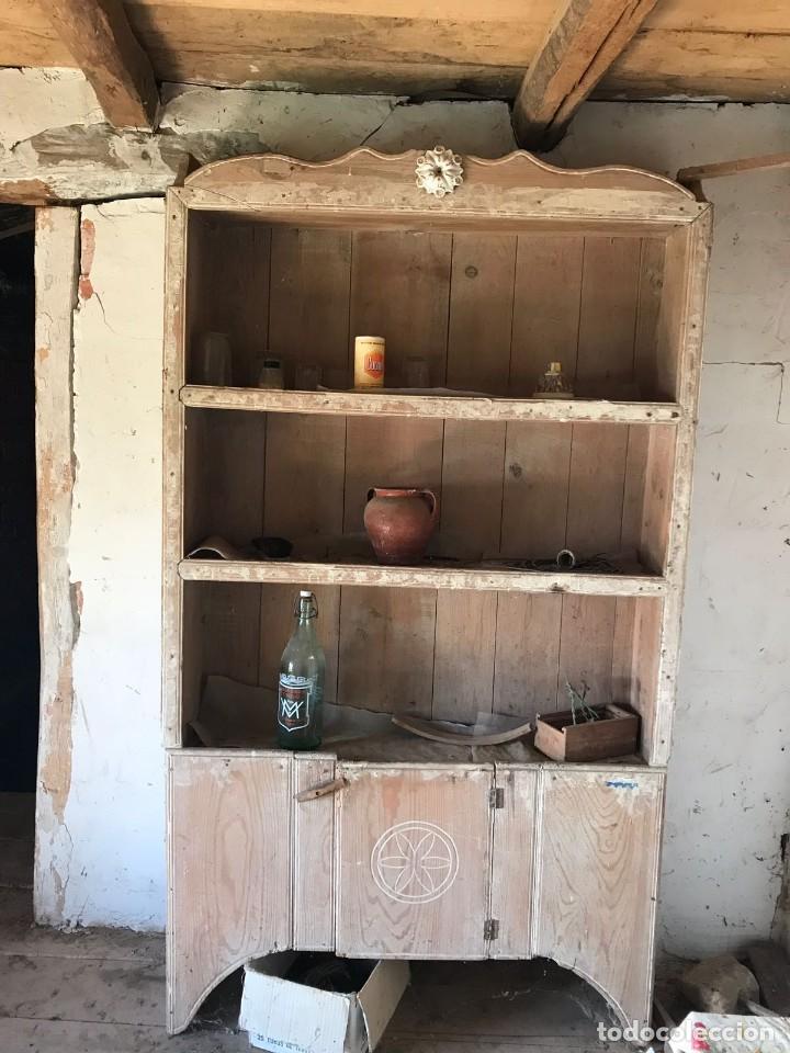 ARMARIO DEL SIGLO XIX (A RESTAURAR) (Antigüedades - Muebles Antiguos - Armarios Antiguos)