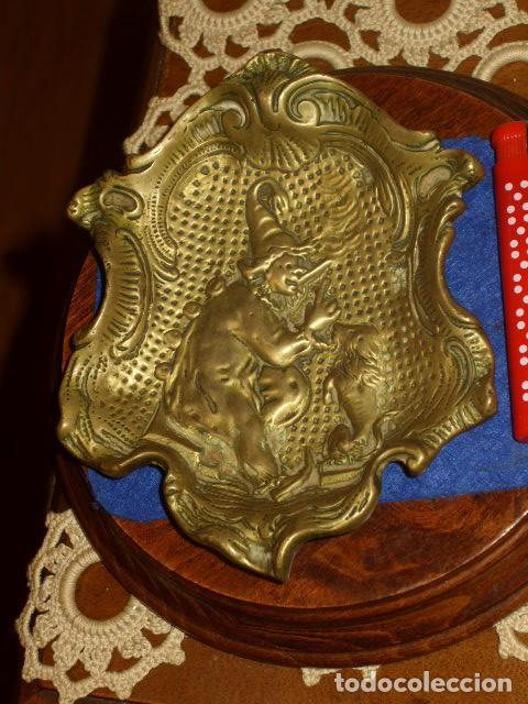 Antigüedades: DEJALLAVES O JABONERA MODERNISTA DE BRONCE,ELFO,DUENDE O NOMO. - Foto 2 - 124291387