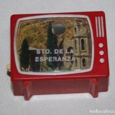 Antigüedades: ANTIGUO VISOR DE DIAPOSITIVAS FORMA DE TELEVISION SANTUARIO DE LA ESPERANZA, CALASPARRA, TELEVISOR. Lote 124323511
