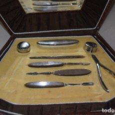 Antigüedades: ESTUCHE DE MANICURA INCOMPLETO 1947. Lote 124326467