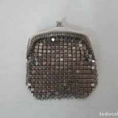Antigüedades: MONEDERO DE MALLA TRENADA - METAL PLATEADO - PERFECTO - AÑOS 40-50. Lote 124348047