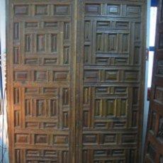 Antigüedades: PUERTA DE DOBLE HOJA SIGLO XVI. Lote 124366619