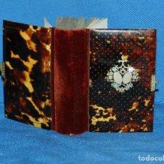 Antigüedades: (BF) MISAL ANTIGUO DE CAREY Y PLATA , 12 X 9 CM, POCA SSEÑALES DE USO . Lote 124399811