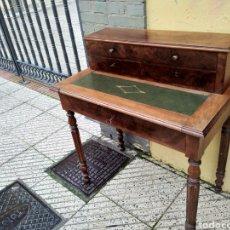 Antigüedades: IMPRESIONANTE ESCRITORIO BELGA SIGLO XIX MARQUETERÍA RAIZ ALTA CALIDAD CAJONES CON CERRADURA Y LLAVE. Lote 124427574