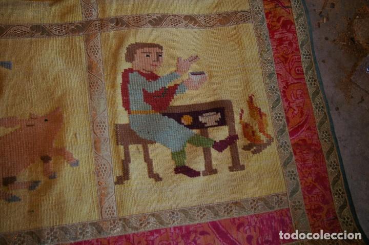 Antigüedades: tapiz hecho a mano. 1,415 x 1.21 m - Foto 4 - 124441543