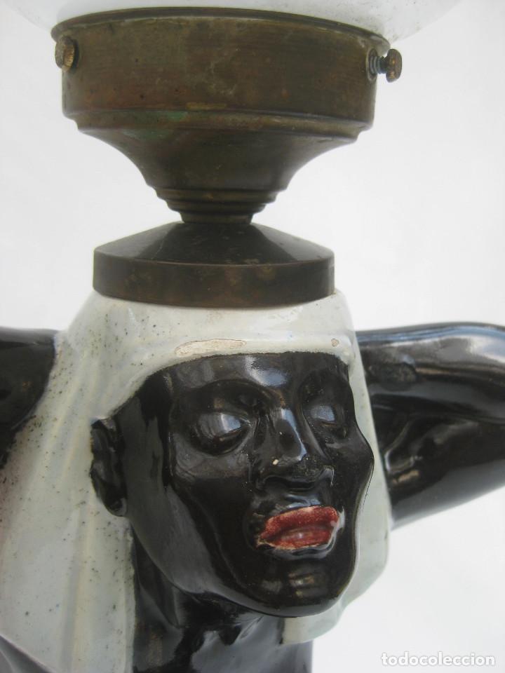 EXCEPCIONAL! LAMPARA ART DECO IMPERIO CERAMICA EGIPCIA ESCLAVA NEGRA DESNUDA (Antigüedades - Iluminación - Lámparas Antiguas)
